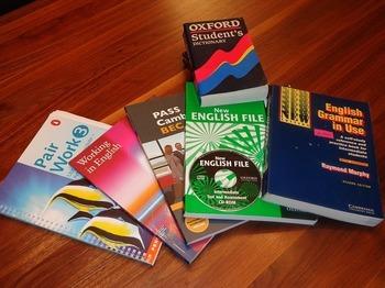 school-books-99476_640.jpg